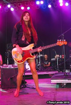Paz Lenchantin born December 12 1973 is an Argentine American musician She has been the bass guitarist vocalist and violinist of the alternative rock ban Guitar Girl, Music Guitar, Playing Guitar, Paz Lenchantin, Pixies Band, Heavy Metal Girl, Ladies Of Metal, Women Of Rock, Barefoot Girls