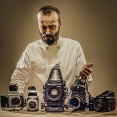 The noobies guide to choosing a medium format film camera - DIY Photography Color Photography, Amazing Photography, Rockabilly Fashion, Rockabilly Style, Film Camera, Photo Art, Cool Photos, Artsy, The Incredibles