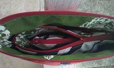 #cosmeticbag #wristlet #coinpurse #3in1 #set Fanny Pack, Cosmetic Bag, Coin Purse, Bags, Fashion, Hip Bag, Handbags, Moda, Toiletry Bag