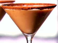 Get /etc/sni-asset/food/people/person-id/0c/be/0cbe4bc6e48014cf92b83275100700b1's Death by Chocolate Martini Recipe from Food Network