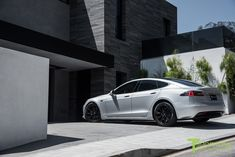 Silver-tesla-model-s-2016-19-inch-wheel-tst-gloss-black-5 | Tesla Motors Club Tesla Motors, Car Goals, Luxury Cars, Club, Model, Silver, Black, Tv Shopping, Black People
