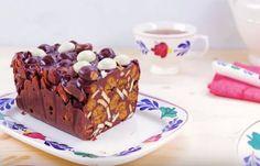 Arretjescake is een oer Hollands recept. Deze heerlijke cake is simpel, want de traditionele arretjescake bestaat slechts uit vier ingrediënten... High Tea, Bakery, Pudding, Lunch, Cupcakes, Cookies, Healthy, Desserts, Recipes