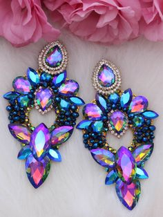Blaurosafarbene Ohrringe Earring Trends, Expensive Jewelry, Beaded Jewelry Patterns, Romantic Dinners, Crystal Earrings, Diy Jewelry, Projects To Try, Magic, Inspirational