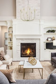 Are you considering to transform the look of a room in your home? A featured-wall, or you can say an accent wall, can be one option. An accent wall is a way Fireplace Doors, Fireplace Built Ins, Farmhouse Fireplace, Diy Fireplace, Living Room With Fireplace, Fireplace Design, Ideas For Fireplace Decor, White Brick Fireplaces, Fireplaces With Tv Above