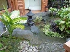 Resultados de la Búsqueda de imágenes de Google de http://media-cdn.tripadvisor.com/media/photo-s/01/77/b7/59/small-garden.jpg