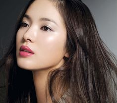 Song Hye Kyo: the most beautiful woman in the whole entire universe. *-*