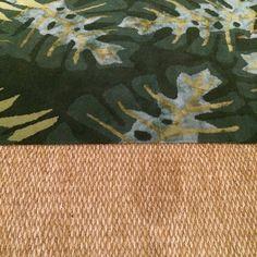 Estilo tropical..... Sobreposições de tapetes.... Base de palha coberto por lá com seda .... #casacor #casacor2015 #rugs #brazilianstyle