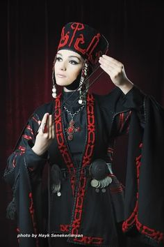 Armenian national dress... -- Morphaeic Church Pontifitrix