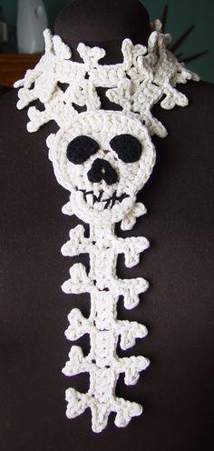 Crochet Skull and Spine Scarf by *meekssandygirl on deviantART