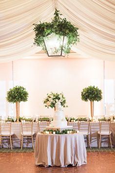 Elegant Green and Gold Florida Wedding - MODwedding