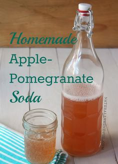 Homemade Apple-Pomegranate Soda Kombucha Recipe, Kombucha Tea, Yummy Drinks, Healthy Drinks, Healthy Soda, Probiotic Drinks, Alcoholic Drinks, Cocktails, Soda Recipe