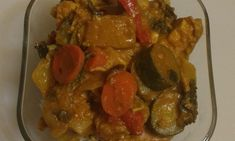 3 LBS boneless chicken breasts, cut up 2 cloves garlic, chopped cup water Chicken Vegetable Curry, Chicken And Vegetables, Beef, Simple, Recipes, Food, Meat, Essen, Eten