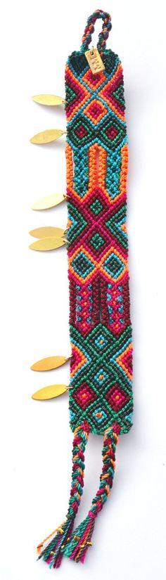 Image of Maya navette dorée