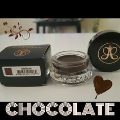 Anastasia Beverly Hills Dipbrow Pomade is a waterproof brow colour which sculpts and defines the brows. The ultimate choi. Brow Color, Colour, Anastasia Beverly Hills Dipbrow, Makeup Junkie, Brows, Sculpting, Stuff To Buy, Beauty, Color