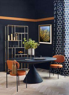 World Of Interiors, Dark Interiors, Interior Modern, Room Interior, Scandinavian Interior, Interior Lighting, Lighting Ideas, Interior Ideas, Home Design