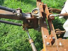My homemade minitractor new device under construction ( photos ) Compact Tractor Attachments, Garden Tractor Attachments, Welding Projects, Projects To Try, Lawn Mower Maintenance, Tractor Implements, Metal Workshop, Expedition Truck, Compact Tractors