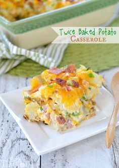 There's nothing more comforting than twice baked potatoes - unless you turn them into a casserole! This Twice Baked Potato Casserole has all your favorite flavors from a twice baked potato but in a deliciously fabulous casserole form - yum! Twice Baked Potatoes Casserole, Potatoe Casserole Recipes, Potato Recipes, Dog Recipes, Potato Dishes, Beef Recipes, Hamburger Recipes, Cauliflower Recipes, Chicken Recipes