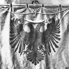 The #eagle was used for heraldic purposes in the late #Middle #Ages by a number of noble families in Albania (it is said that #Skanderbeg used it on his flag) and became the symbol of the #Albanians. The #Kastrioti's coat of arms, depicting a black double-headed eagle on a red field, became #famous when he led a #revolt against the #Ottoman #Empire that resulted with the independence of #Albania from 1443 to 1479. This was the #flag of the #League of #Lezhe, which was the first unified…