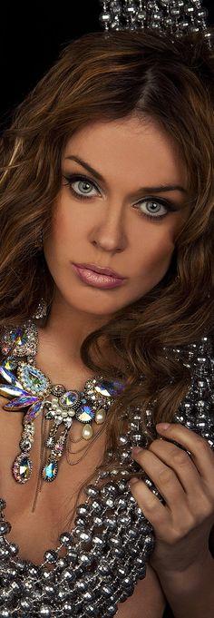 Singer Tanya