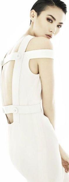 Versace • WHITE • нαυтє • CHIC • ❤️ curated by Babz™ ✿ιиѕριяαтισи❀ #abbigliamento