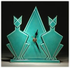 Echo of Deco British Art Pottery Turquoise Crackle Cat Pyramid Mantle Clock