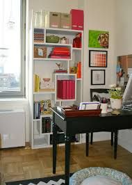 home office in living room - Pesquisa Google
