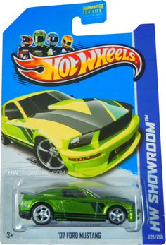 is part of the HW Showroom series and the 2013 Super Treasure Hunt set. The Spectraflame green Mustang boasts black and dark green graphics on the sides, hood, and spoiler. Hot Wheels Treasure Hunt, Super Treasure Hunt, Car Volkswagen, Volkswagen Vehicles, Green Mustang, Dodge Dart Gt, Matchbox Cars, Hot Wheels Cars, Custom Trucks