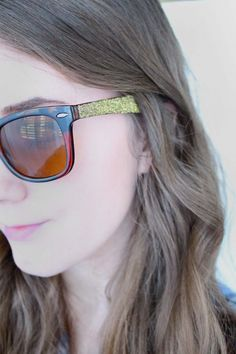 DIY Mod Podge Upcycled Glitter Glasses