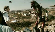 District 9 (Blomkamp, Great performance by Sharlto Copley as someone you never see as the protagonist in a big-budget sci-fi action movie, a middle management bureaucrat. Sharlto Copley, Neill Blomkamp, Middle Management, 9 Film, Nerd Love, Great Films, Action Movies, Yahoo Images, Science Fiction