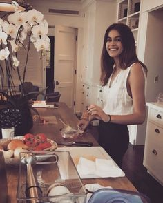 "273 ""Μου αρέσει!"", 4 σχόλια - Cindy Crawford 
