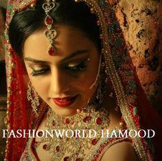 shy Eye Liner, Most Beautiful, Beauty Hacks, Crown, Indian, Eyes, Fashion, Beauty Tricks, Fashion Styles