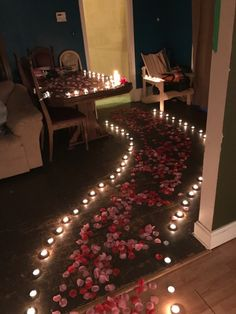 Romantic Bedroom Ideas and Tips – Surprise Your Partner This Weekend. Romantic Room Decoration With Romantic Surprises For Him, Romantic Room Surprise, Birthday Surprises For Him, Surprise For Him, Birthday Surprise Boyfriend, Romantic Night, Romantic Dates, Romantic Dinners, Surprise Birthday