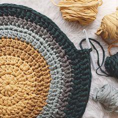 Round Knitting Stylish Carpet On the Floor by ArtasyaStudio Crochet Carpet, Crochet Fabric, Fabric Yarn, Crochet Home, Love Crochet, Crochet Yarn, Crochet Patterns, Yellow Cactus, Braided Rag Rugs