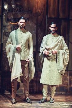 Bater. Sabyasachi welcomed his guests into a mysterious and oh so creepy ambiance of cool rustic windows and untamed fabric drapes before presenting his brilliant men's wear. In a combination of rich blacks, beiges, garnet reds and that iconic glitz and sequin he definitely set and raised that bar for exceptional men's wear.