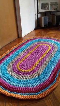 Alfombra Artesanal De Totora Tejida A Crochet 1.40cm - $ 1.450,00