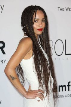 Braids Zoe Kravitz Says So Long to Waist-Grazing Braids Zoe Kravitz Says So Long to Waist-Grazing Braids! Click the pic to see her new cut! she looks more like her mom now. Box Braids Hairstyles, Half Braided Hairstyles, Braided Hairstyles For Black Women, Pretty Hairstyles, Bandana Hairstyles, Hairstyles 2018, Micro Braids Styles, Braid Styles, Zoe Kravitz Braids