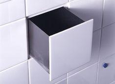 Built-in Tile Drawer, Peter van der Jagt, Erik Jan Kwakkel, and Arnout Visser invented DTile,