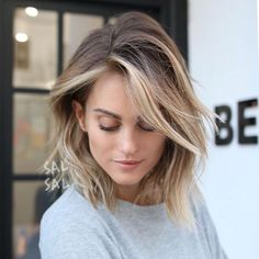 Sal salcedo cherin choi lob haircut balayage hair painting b Super Short Hair, Short Hair Cuts, Short Hair Styles, Super Hair, Short Wavy, Short Blonde, Pixie Cuts, Short Pixie, Bayalage For Short Hair