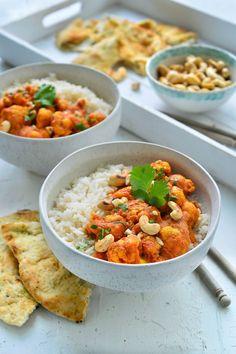 "Recipe ""Veggie tikka masala with cauliflower"" yum! - You will find the best recipe for ""Veggie tikka masala with cauliflower"" at njam! Go Veggie, Veggie Recipes, Healthy Dinner Recipes, Vegetarian Recipes, Nutritious Snacks, Healthy Work Snacks, Low Carb Brasil, Food Menu, Food Videos"