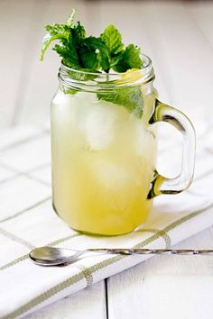 Ginger Beer + Bourbon + Mint = The Mighty Kentucky Mule