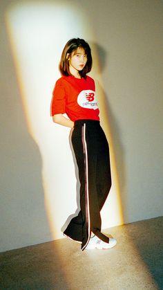 korean clothing aesthetic Best Picture For korean beauty Iu Fashion, Office Fashion, Korean Fashion, Fashion Outfits, Iu Twitter, Girl Celebrities, Just Girl Things, Famous Women, Korean Outfits