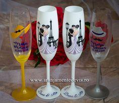 Pahare miri si nasi Wine Glass Candle Holder, Wedding Glasses, Nasa, Decoupage, Candles, Tableware, Handmade, Dinnerware, Hand Made