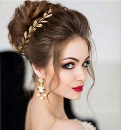 bride updo cute elegant red lips gold leaves