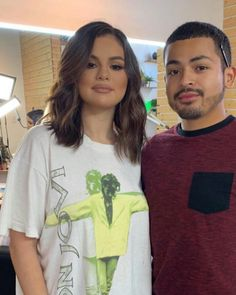 Selena Gomez Style, T Shirts For Women, Celebrities, Beauty, Tops, Fashion, Moda, Celebs, Fashion Styles