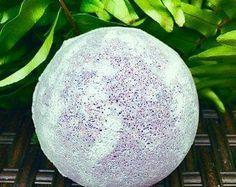 Bath Bomb - Lavender-Vanilla Essential Oil Blends, Essential Oils, Natural Oils, Natural Beauty, Rapeseed Oil, Lush Products, Lavender Scent, Jojoba Oil, Beach Babe