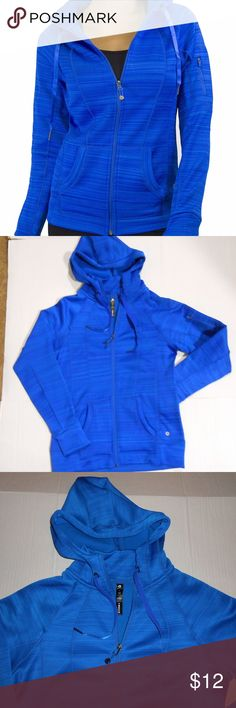 "90 Degree By Reflex Full Zip Hoodie Sz Large Excellent condition. I wore it once. Sz large.  Measurements Chest: 19""  across Length: 24.75"" 90 Degree By Reflex Tops Sweatshirts & Hoodies"