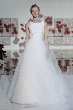 Vestidos de novia con falda voluminosa 2017: Luce como un auténtica princesa Image: 24