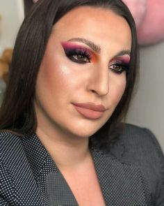 👑@jasmina_erac made this stunning pink smokey eye look with #ArisonLashes~ ❤❤ Can't move my eyes from this look~ ✨✨ #repost #makeupofinstagram #motd #fakelashes #falselashes #makeupartist #makeupinspiration #eyemakeup Fake Lashes, Eyelashes, Pink Smokey Eye, Makeup Inspiration, Makeup Looks, Eye Makeup, Make Up, Photo And Video, Eyes
