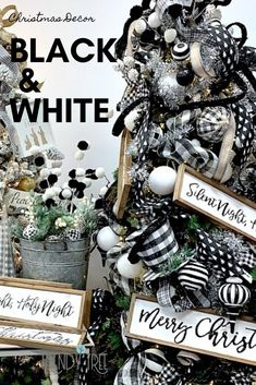 Black and White Christmas Decorations Classic Christmas colors - black and white, crisp and clean, always popular. The black and white Black Christmas Tree Decorations, Black Christmas Trees, Plaid Christmas, Christmas Colors, Christmas Crafts, Holiday Decorations, Christmas Ideas, Christmas Lights, Christmas Ornaments