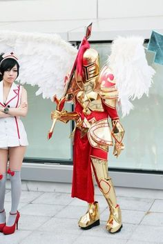 League of Legends cosplay, Very detailed Kayle costume